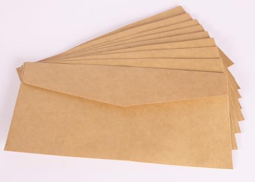 浅色牛皮纸